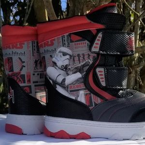 NWT Disney Star Wars Toddler Boys Boots Small 5/6